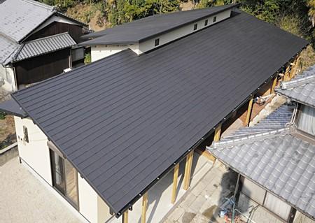 一戸建て住宅新築屋根工事 - 屋...